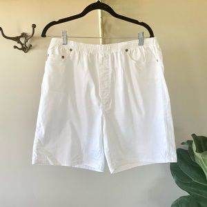 Vintage Traditions Mom shorts